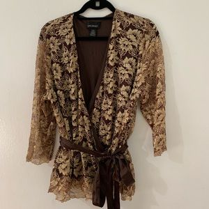 Lane Bryant blouse with good and brown lace